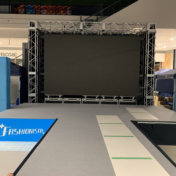 (English) Looking To Place A Runway In Your Event? Come To Event21!